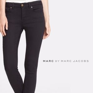 MARC BY MARC JACOBS Mid Rise Ankle Zip Skinny Jean